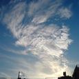 白く燃える雲
