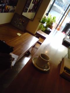 小田さんに会いにカフェへ