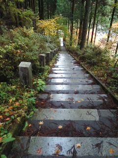 石割神社に行きました